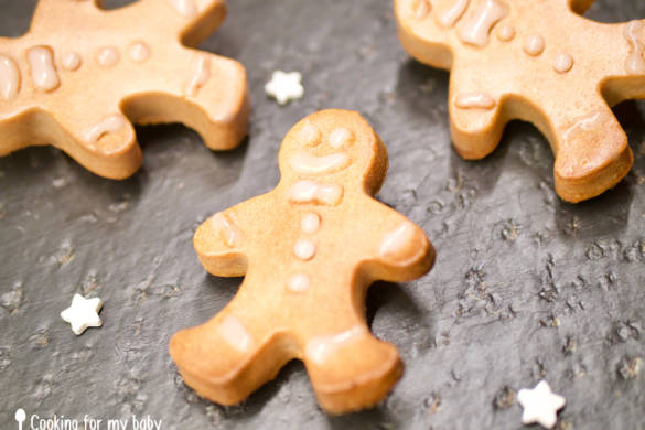 Gingerbread Christmas cookie recipe for babies (From 12 months)