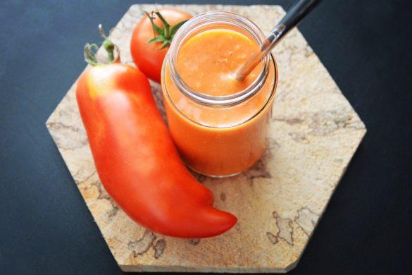 Purée bébé à la tomate
