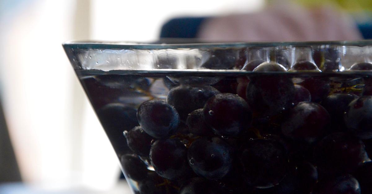 Bain de grappe de raisin pour bébé