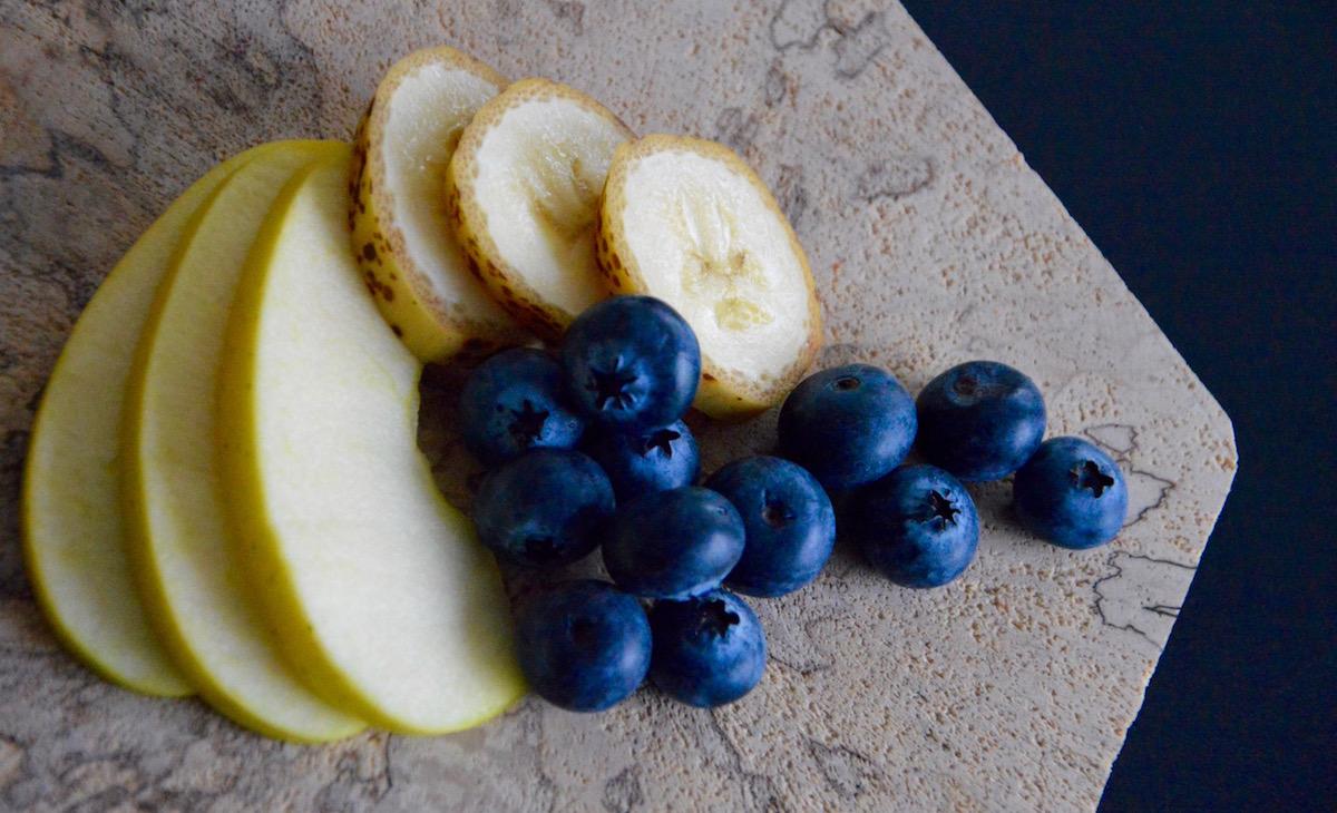 Myrtilles pomme et banane pour bébé