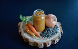 Recette de petit pot mouliné de lentilles carottes et oignon pour bébé