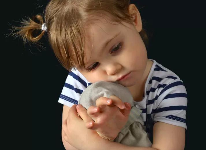 Solidarité pour une enfant de 4 ans : Capucine