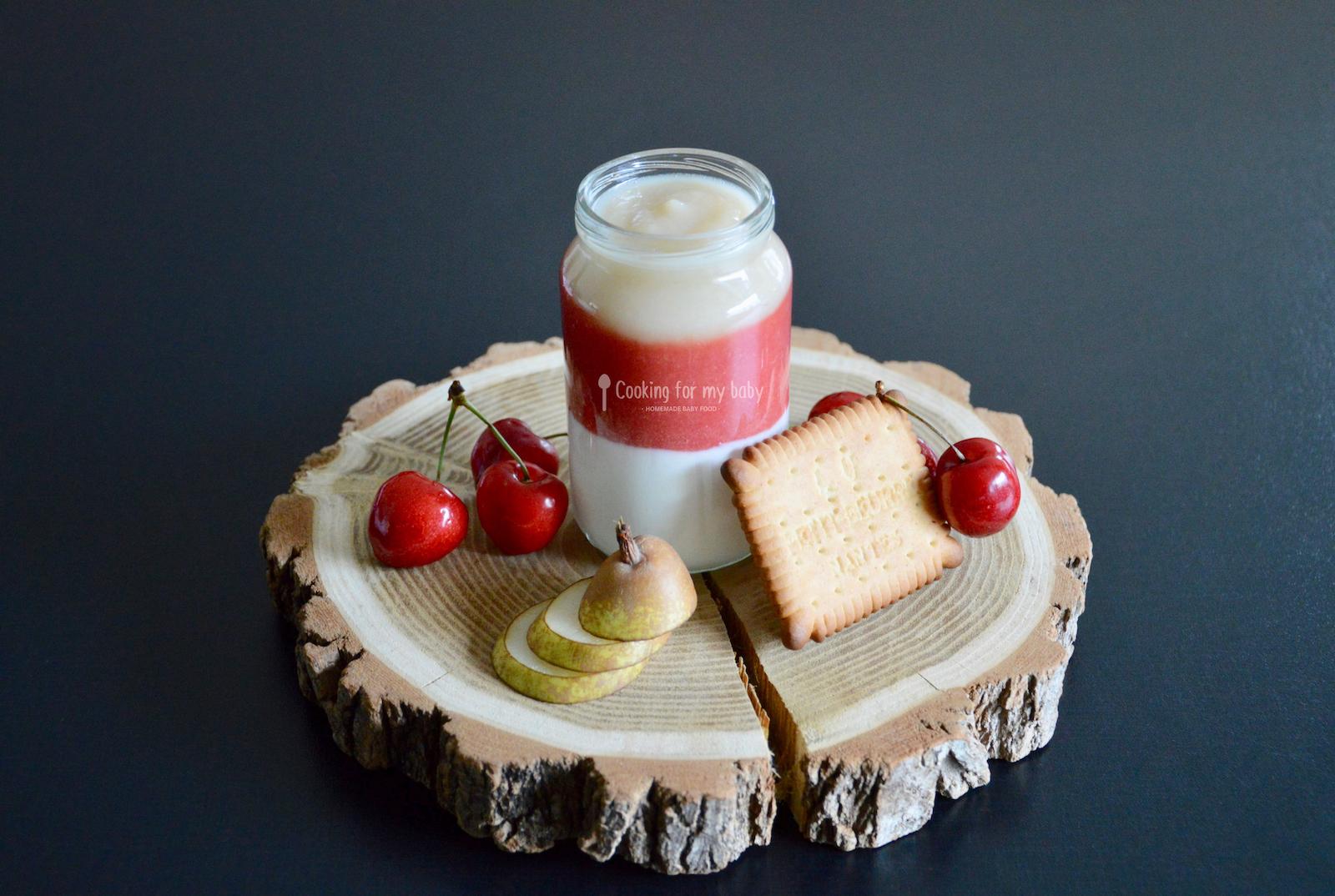Goûter complet pour bébé : Compote de cerise, poire biscuitée au Petit beurre et fromage blanc (Dès 8 mois)