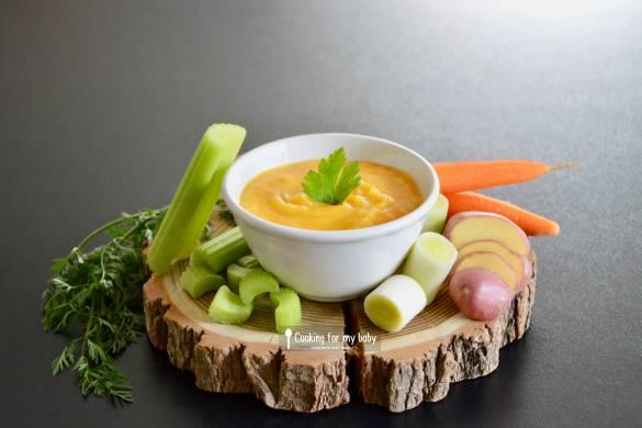 Recette pour bébé : Soupe miracle à la carotte, céleri branche, poireau et pomme de terre (Dès 6 mois)