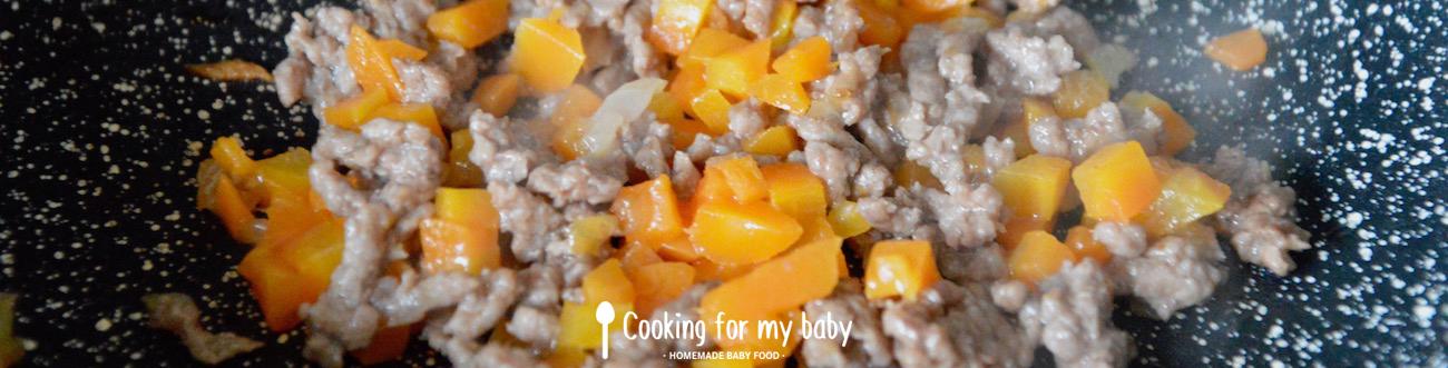 Viande hachée et carotte pour bébé