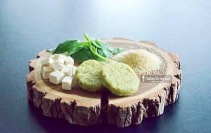 Recette de galettes de semoule fine au tofu et basilic pour bébé (Dès 8 mois)