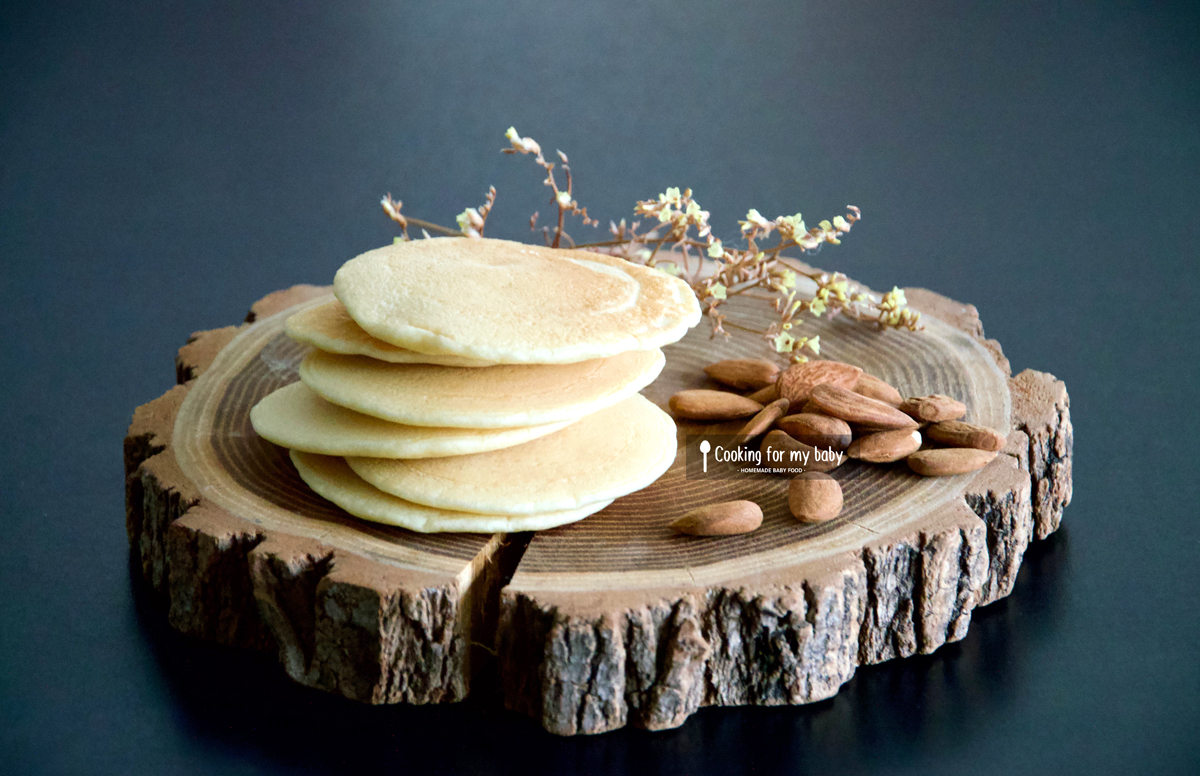 Recette de pancakes à l'amande pour bébé (sans lait, dès 10 mois)