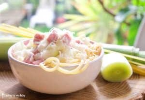 Recette de pâtes spaghettis à la Carbonara aux poireaux pour bébé (Dès 12 mois)