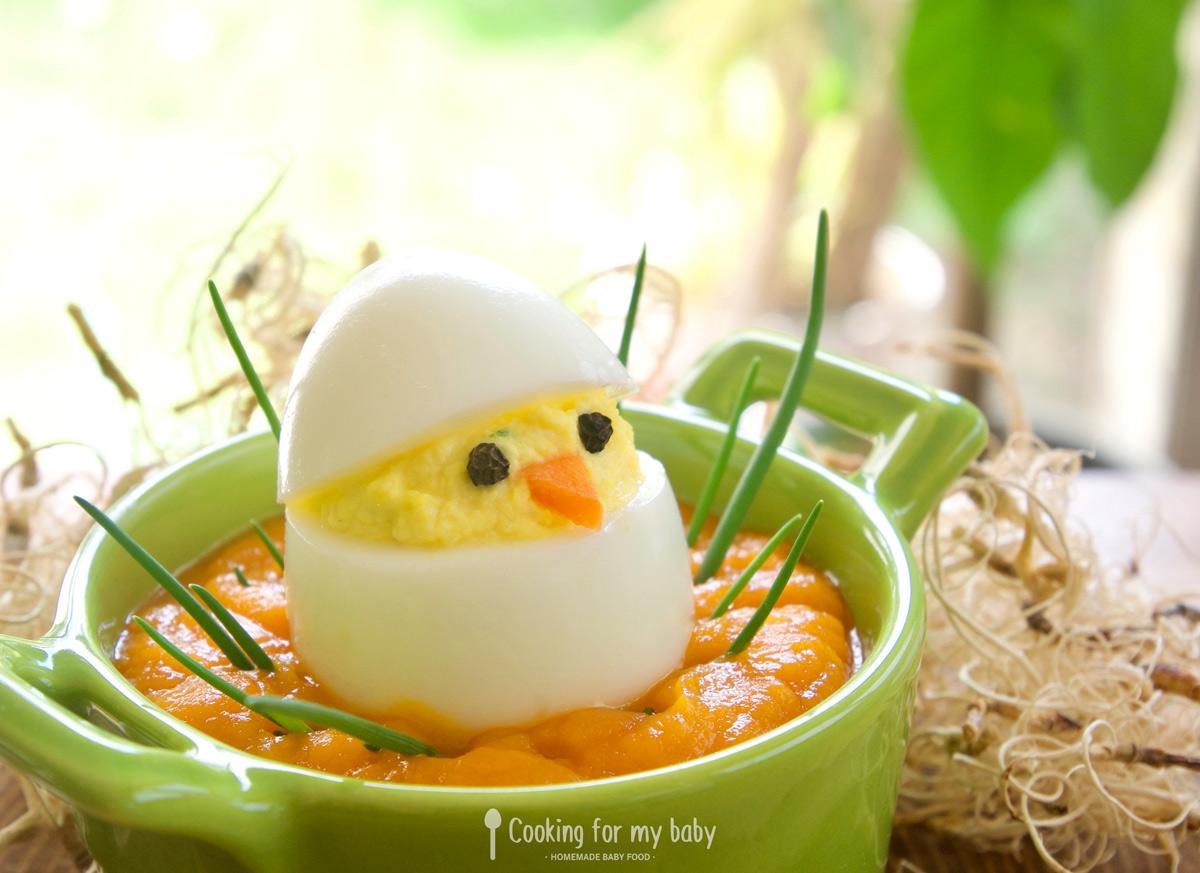 Recette de Pâques : Oeuf mimosa Saint Môret ciboulette sur nid de purée pour bébé (Dès 7 mois)
