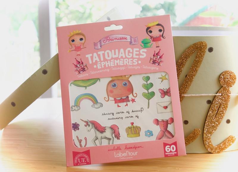 Tatouages éphémères dans la boîte à grande soeur ou boîte à grand frère